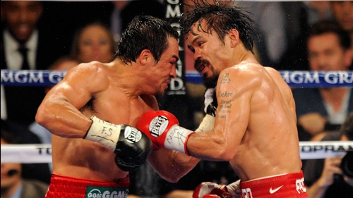 Manny Pacquiao (R) on his way to victory at the MGM Grand Garden Arena last November