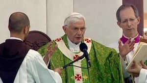 Pope Benedict called on Christians not to leave the Middle East despite war and religious conflict