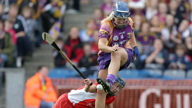 Cork's Jenny Duffy attempts to block Katrina Parrock of Wexford