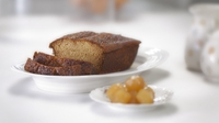 Ginger golden syrup cake - Sweet, spongy and sticky. The perfect tea time treat!