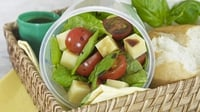 Spinach and Tomato Salad - A perfect flavour combination!
