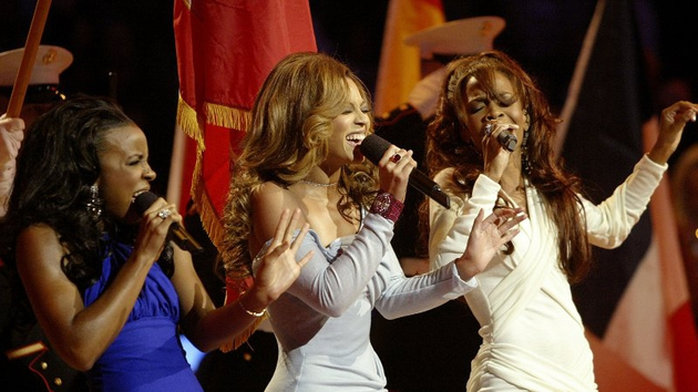 Destiny's Child at the half time show for 2013 Super Bowl