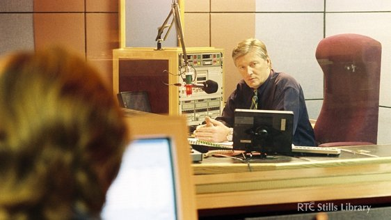 Broadcaster Pat Kenny at the microphone in an RTÉ Radio Centre studio in 1999. © RTÉ Stills Library 2280/051