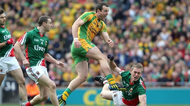 Kernan: 'You don't need 15 men behind the ball'