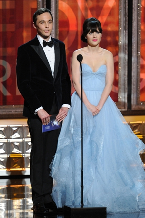 Zooey Deschanel and Jim Parsons presented at the Emmys in 2012 and Zoey wore a sky blue Reem Acra dress.