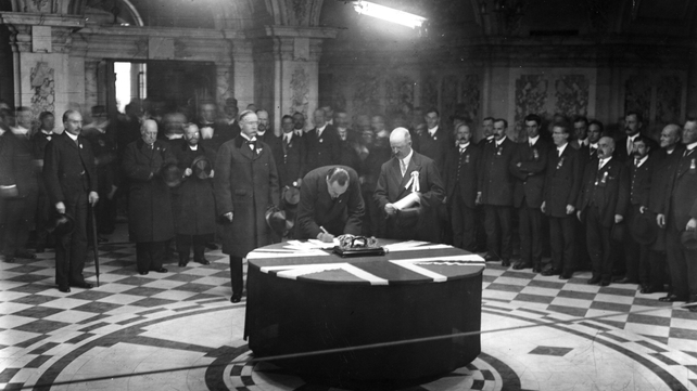 Edward Carson signs the Ulster Covenant in September 1912