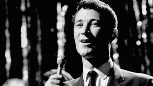 Showband singer Larry Cunningham died in hospital following an illness