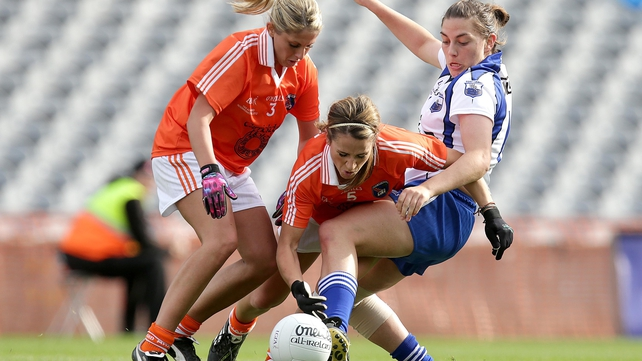Armagh's Laura Brown (l) and Sharon Reel challenge Shona Curran of Waterford