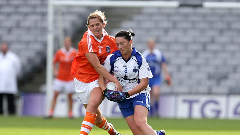 Armagh's Sinead McCleary attempts to dispossess Michelle McGrath of Waterford