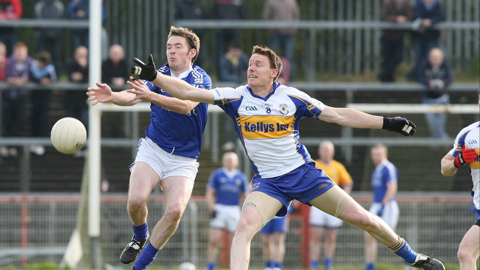 Sean McDonnell of Dromore (l) and Cormac McGinley of Errigal Ciaran (r) tussle for possession. Errigal won the Tyrone final by 0-13 to 0-08