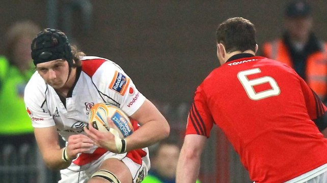 Iain Henderson will play for Ulster until 2015 at least