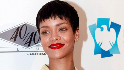 Rihanna collaborates with Chris Brown