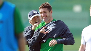 Robbie Keane remains firmly in favour of Giovanni Trapattoni staying on as Ireland manager