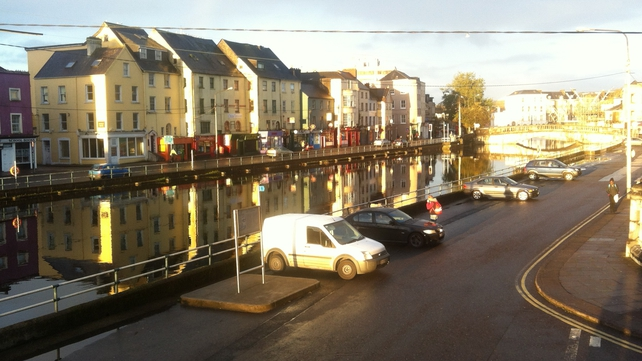 High tide in Cork city centre and no flooding at 8am