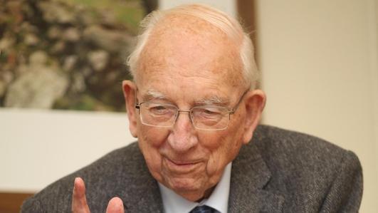 Economist TK Whitaker dies, aged 100
