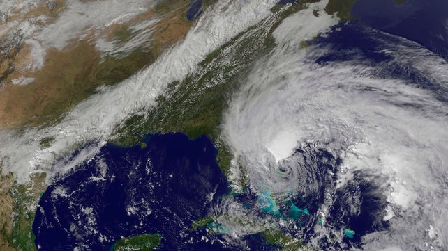 Hurricane Sandy is moving northwards along the east coast of the US