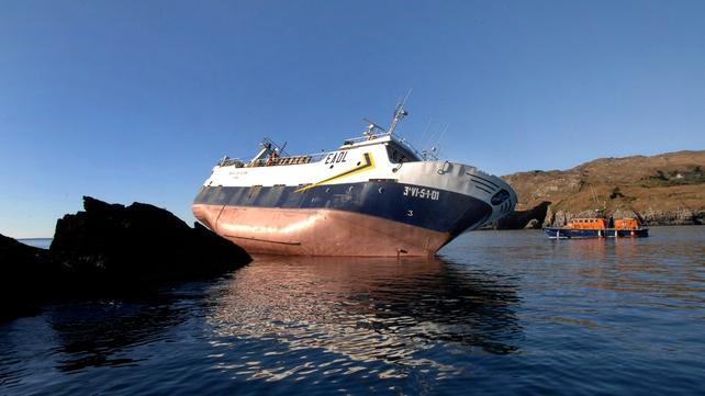 Spanish trawler refloated off Cork coast