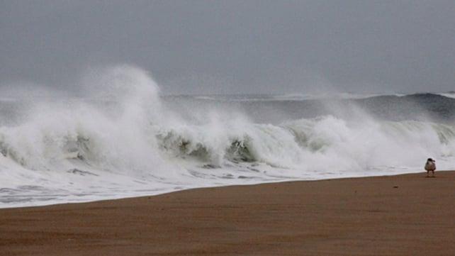 2.4m waves on Nobadeer Beach, Nantucket Island (Pic: Gene Mahon)