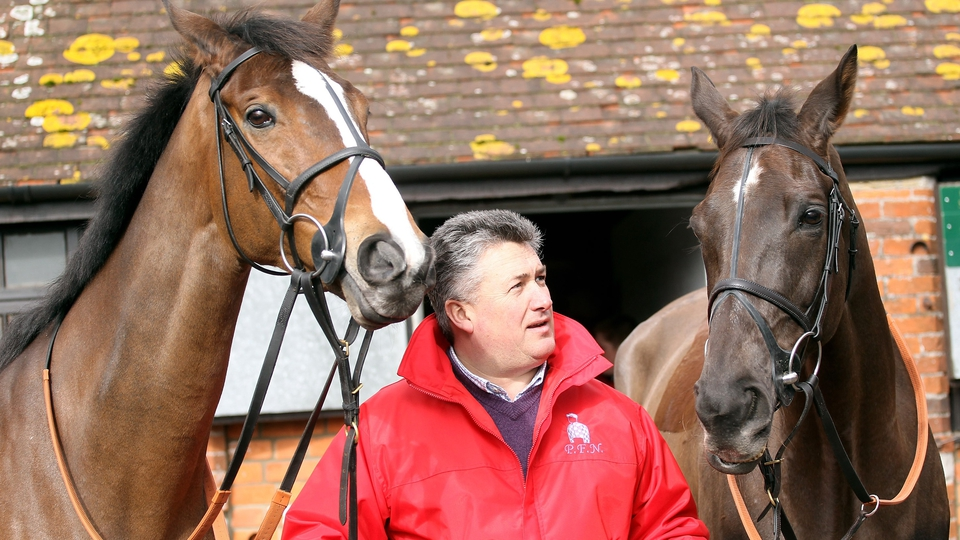 Rivals and stablemates on view - Kauto Star (l) & Denman