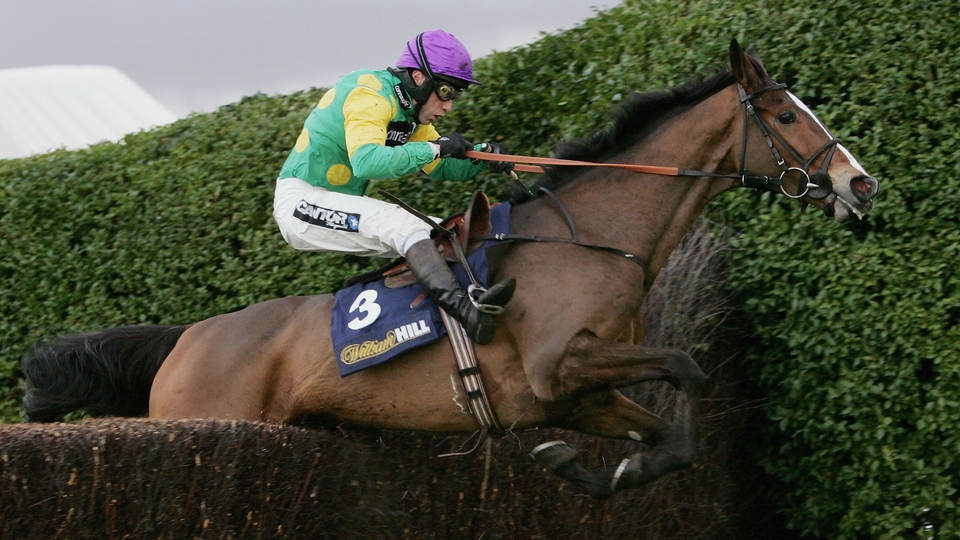 Mick Fitzgerald was in the plate for the victory in the 2005 Tingle Creek at Sandown