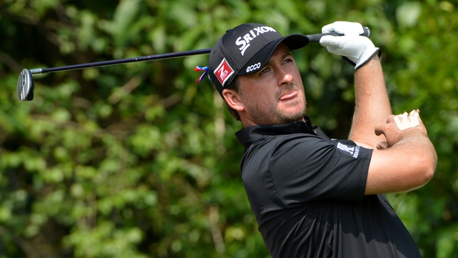 Graeme McDowell accidentally slammed the hotel door against his right hand