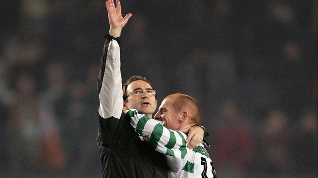 Martin O'Neill and Neil Lennon celebrate after Celtic's 1-1 draw with Barcelona in 2004