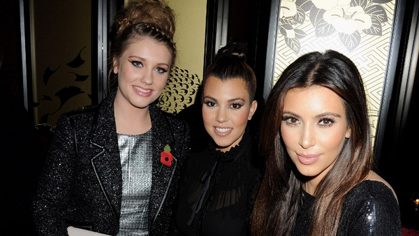 Ella Henderson with Kourtney and Kim Kardashian