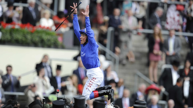 Frankie Dettori faces an inquiry by the Medical Committee of France Galop