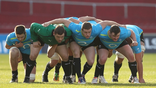 The Irish scrum gets in some unopposed practice......