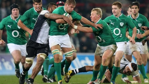 Chris Henry (centre) insists Ireland are taking nothing for granted against Argentia