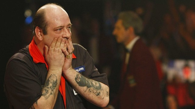 Ted Hankey transient ischaemic attack during the match with Michael van Gerwen