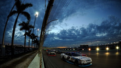 Elliott Sadler leads the way at the NASCAR Nationwide Series Ford EcoBoost 300 at the Homestead-Miami Speedway
