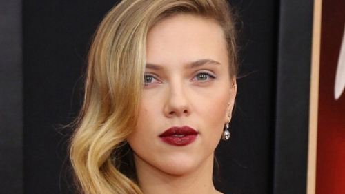 Scarlett Johansson has joked about being afraid of Anthony Hopkins