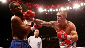 Martin Murray of Great Britain (right) lands the knockout blow during his WBA interim middleweight title bout against Jorge Navarro of Venezuela at the MEN Arena