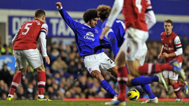 Marouane Fellaini fires home for Everton