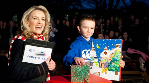 Aaron Donoghue turning on the Christmas tree lights in RTÉ