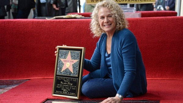 Carole King landa Hollywood star