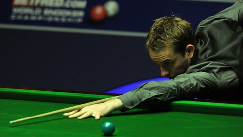 Ali Carter will take on Marco Fu