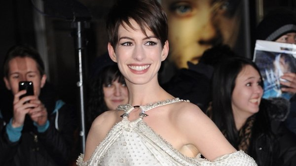 Anne Hathaway feels a special connection to Susan Boyle