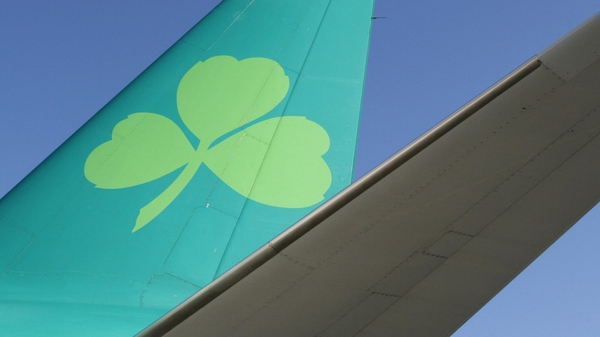 Aer Lingus passenger numbers fell by 5% to 728,000 last month