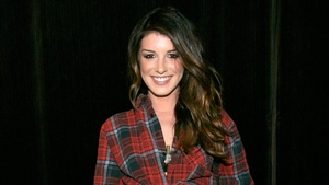 90210's Shenae Grimes has tied the knot