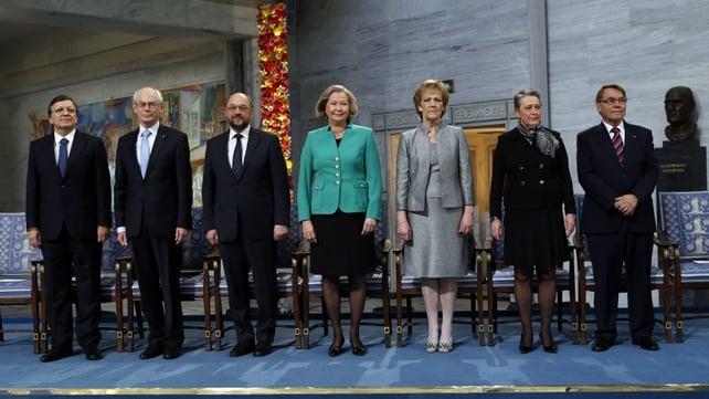 Jose Manuel Barroso, Herman Van Rompuy and Martin Schulz with members of the Norwegian Nobel Committee