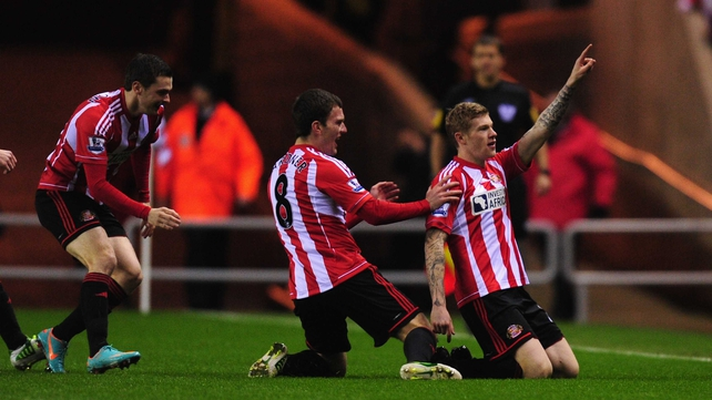 James McClean (R) put Sunderland ahead after only three minutes