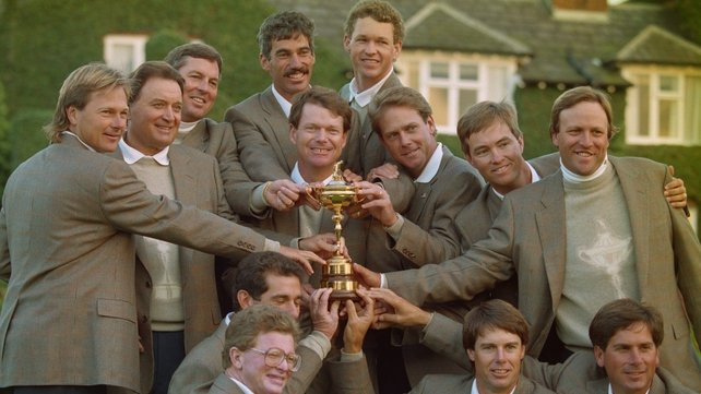 Watson with the victorious 1993 USA Ryder Cup team