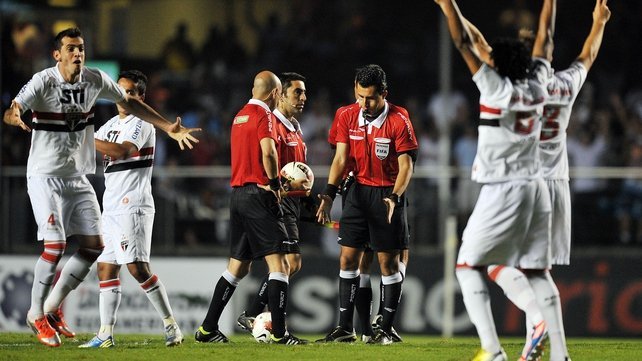 The game between Sao Paulo and Tigre  ended after claims of dressing room attacks