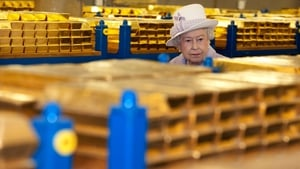 Queen Elizabeth visited the Bank of England yesterday