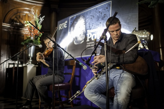 Seán McKeown and Liam O'Connor playing at the launch of the Tommie Potts CD.