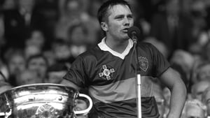 Paidi O'Se with the Sam Maguire during a speech following the 1985 win