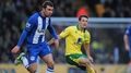 Cunningham calls for playmaker Hoolahan