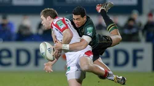 Ulster's Darren Cave is tackled by George Pisi